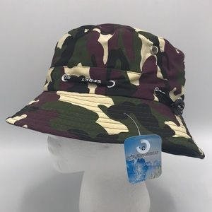NWT Camouflage Hat 👀